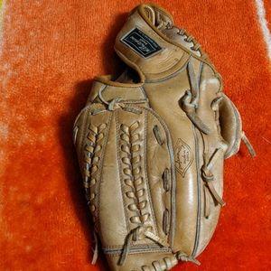Ted Williams baseball (vintage)mitt